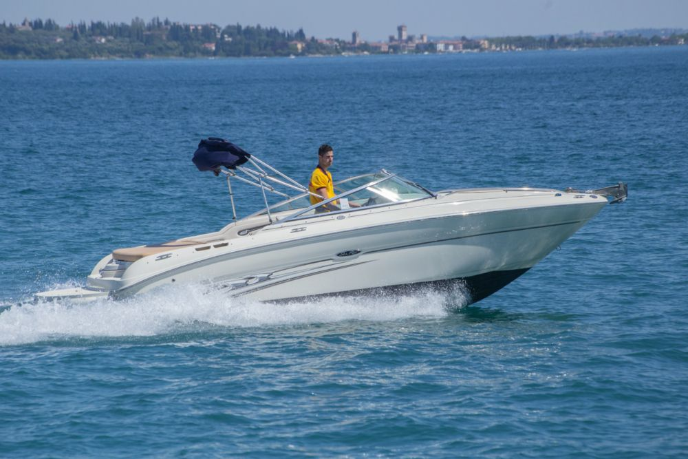 Sea Ray 220 Sun Sport – VENDUTA